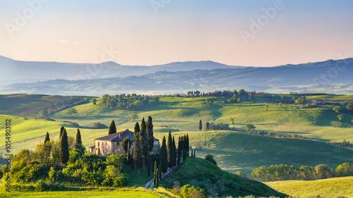 Fototapeta Beautiful spring landscape in Tuscany, Italy