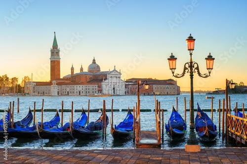 Poster Venetie Gondolas and San Giorgio Maggiore island, Venice, Italy