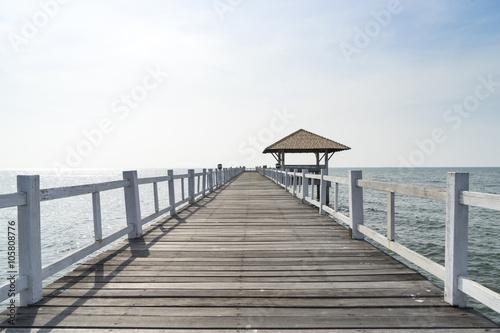 drewniany-most-przejscie-do-morza