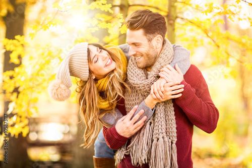 Leinwanddruck Bild love couple
