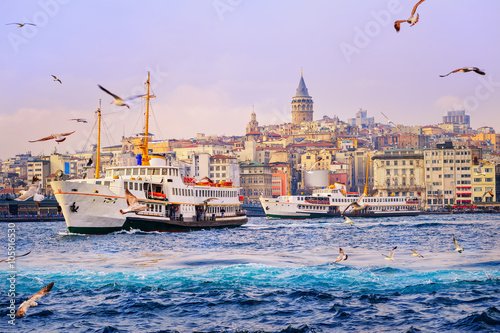 Poster Galata tower and Golden Horn, Istanbul, Turkey