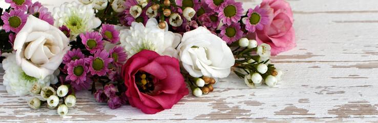 Blumenschmuck © racamani