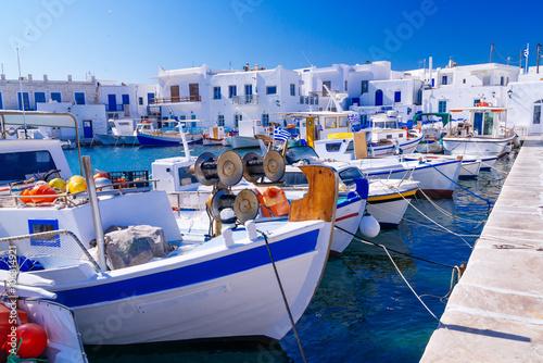 Zdjęcia na płótnie, fototapety na wymiar, obrazy na ścianę : Beautiful famous traditional quaint fishing village of Naoussa, Paros island, Greece