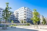 Wohnhaus und Park, Deutschland - 106386573