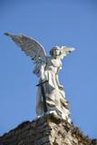 Escultura del Ángel exterminador en Comillas, Cantabria