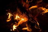 Feuer-Flamme-Feuerschale