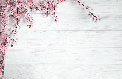 spring background. fruit flowers on wooden table - 106780131
