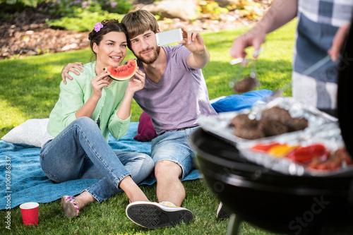 Zdjęcia na płótnie, fototapety, obrazy : Selfie on a garden barbecue