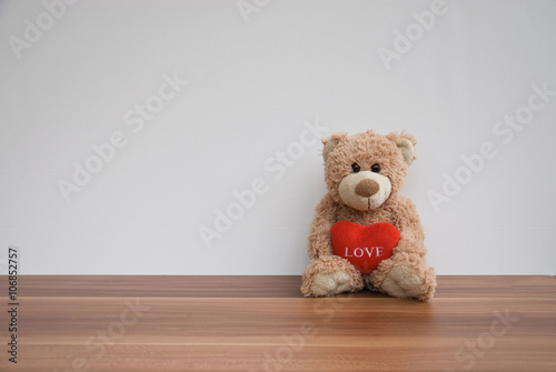 mata magnetyczna Teddy bear with a red heart