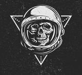 Dead astronaut in spacesuit. - 107053320