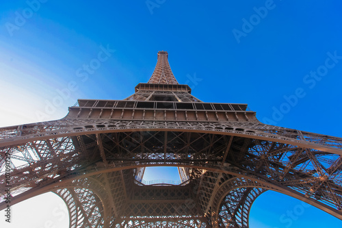 Poster Beautiful view of Eiffel Tower in Paris