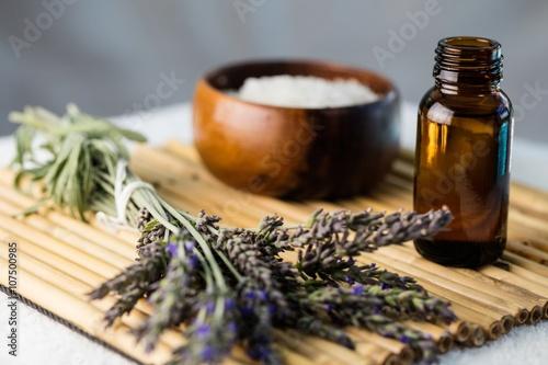 Zdjęcia Tray of beauty therapy items
