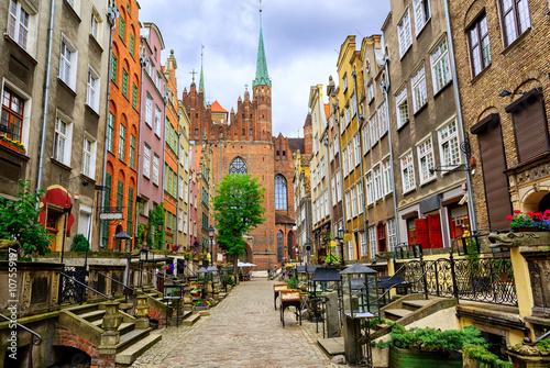 Zdjęcia na płótnie, fototapety na wymiar, obrazy na ścianę : Traditional gothic houses in the old town of Gdansk, Poland