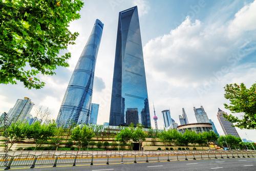 Tuinposter Shanghai The Shanghai Tower and the Shanghai World Financial Center