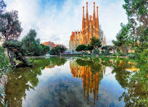 widok-na-sagrada-familia,-barcelona,-hiszpania