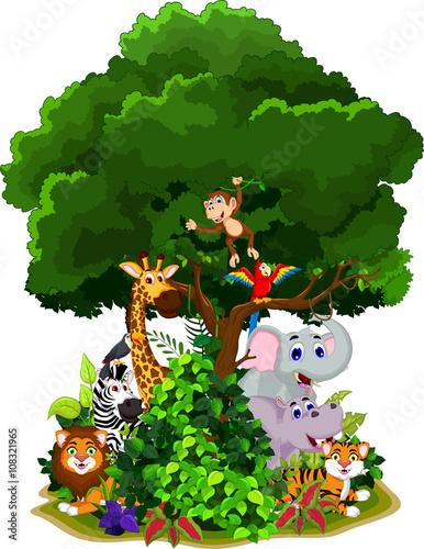 Fotobehang Zoo funny animals cartoon under green tree