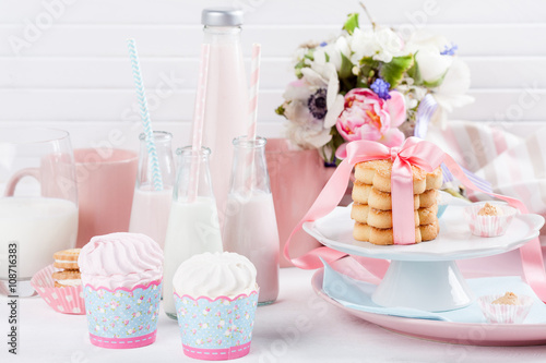 Foto op Aluminium Milkshake Baby shower in pastel colors