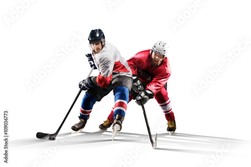 mata magnetyczna Professional hockey player skating on ice Isolated in white