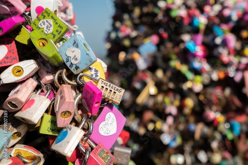 Foto op Canvas Seoel locked at seoul tower