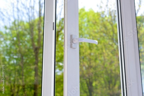 plastic vinyl window - 109173170