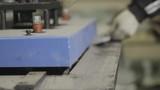 working metal bends on manual machine