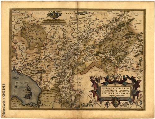 vintage map - 109438938