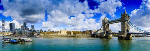 Zdjęcia na płótnie, fototapety, obrazy : Tower Bridge, London - panorama