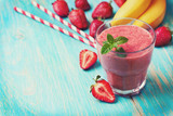 smoothie with banana and strawberry  (toning)