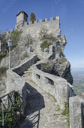Zdjęcia na płótnie, fototapety, obrazy : Fairy tale castle in Italy