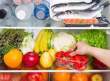 frigorifero pieno di cibo: dieta mediterranea