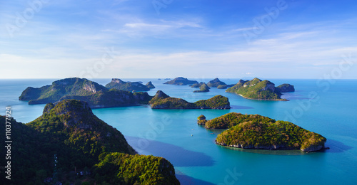 Leinwanddruck Bild Bird eye view of Angthong national marine park, koh Samui, Thail