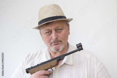 Poster Militanter alter Mann