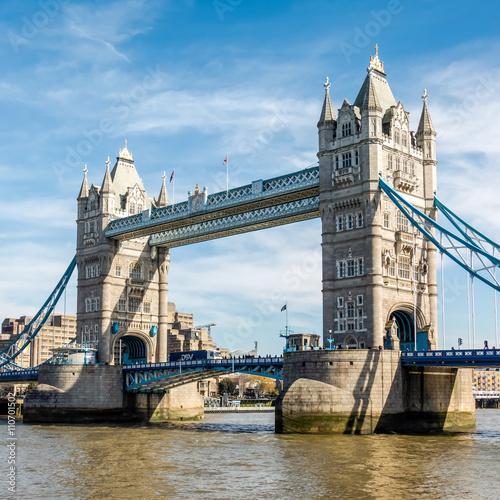 Papiers peints Ponts View of Tower Bridge