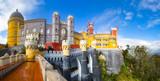 Widok na Palace da Pena - Sintra, Lizbona, Portugalia - europejskie podróże