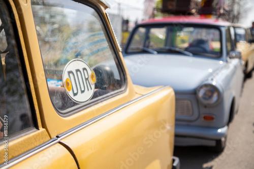 DDR Schild an deutschem Trabant Poster