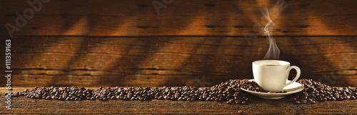 Filiżanka i ziarna kawy - 111359163