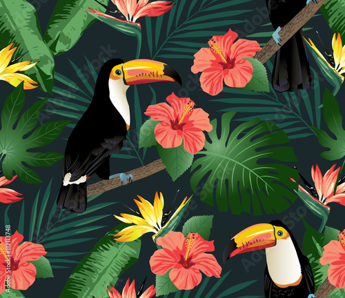 Tropical birds and palm leaves seamless background. Vector. - 112113748
