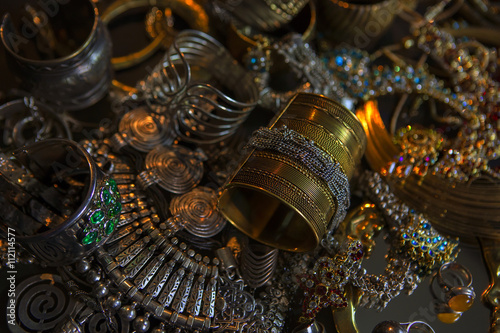 Poster Treasure, Set of Beautiful Oriental gold Bridal jewelry (Indian,