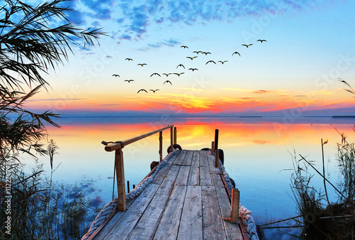 Fotobehang Pool paisaje natural de un lago