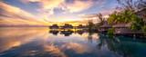 Romantischer Sonnenuntergang auf den Malediven