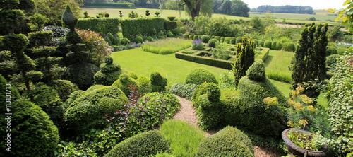 Foto Murales Jardin paysager avec topiaires