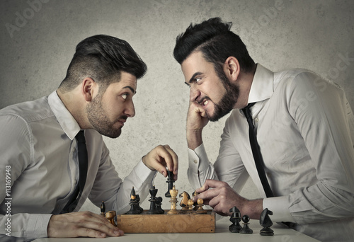 Poster, Tablou Playing chess
