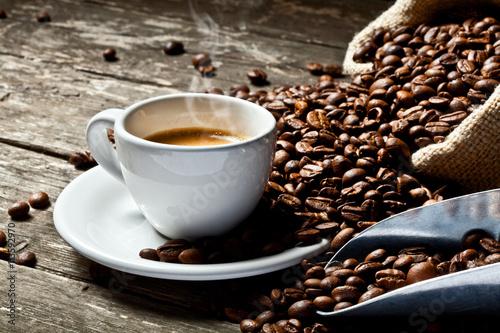Fotobehang Koffiebonen espresso and coffee grain