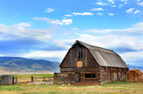 Barn Backed by Mountains - 113710336