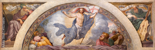 CREMONA, ITALY - MAY 24, 2016: The freso of Resurrection of Jesus in Chiesa di Santa Rita by Giulio Campi (1547). - 113788114