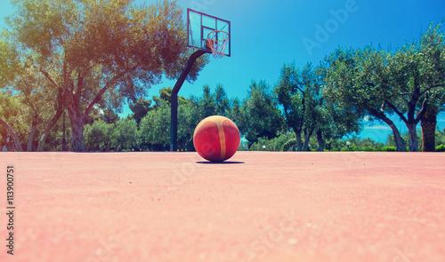 Zdjęcia na płótnie, fototapety, obrazy : photo of the basketball playground