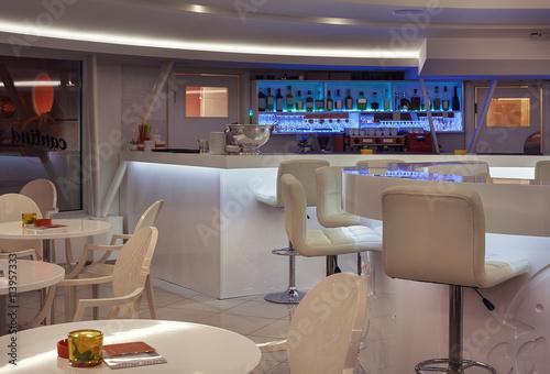 Fotobehang Pizzeria Modern Cafe Interior