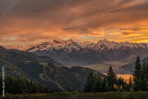 Sonnenuntergang in Zell am See – Österreich mit Blick auf den Zeller See, Kaprun Poster