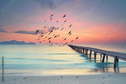 Cisza i spokój rano na plaży