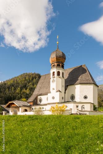 Zdjęcia na płótnie, fototapety, obrazy : Kirche in Oberau, Berchtesgadener Land in Oberbayern
